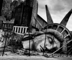 США - это Империя на закате. Доклад американских экспертов