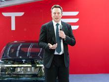 Электромобили  Tesla нового поколения будут такого размера, что их сможет купить каждый, пообещал Маск