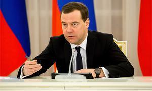 Дмитрий Медведев призвал натравливать прокуратуру на халатных дорожников