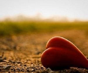 Почему некоторым людям трудно любить себя?